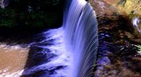 Meditationsmusik fließendes Wasser
